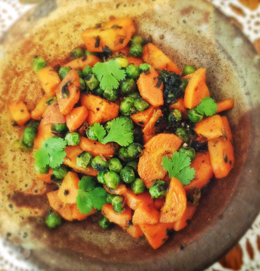 Carrots and Green Peas with Green Coriander (Cilantro) | Gajar Matar Sabzi