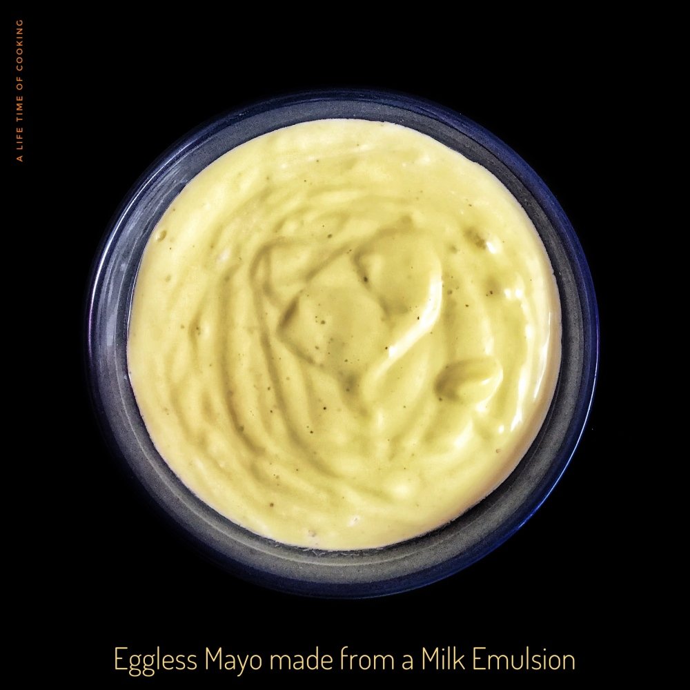 Eggless Mayonnaise made with milk